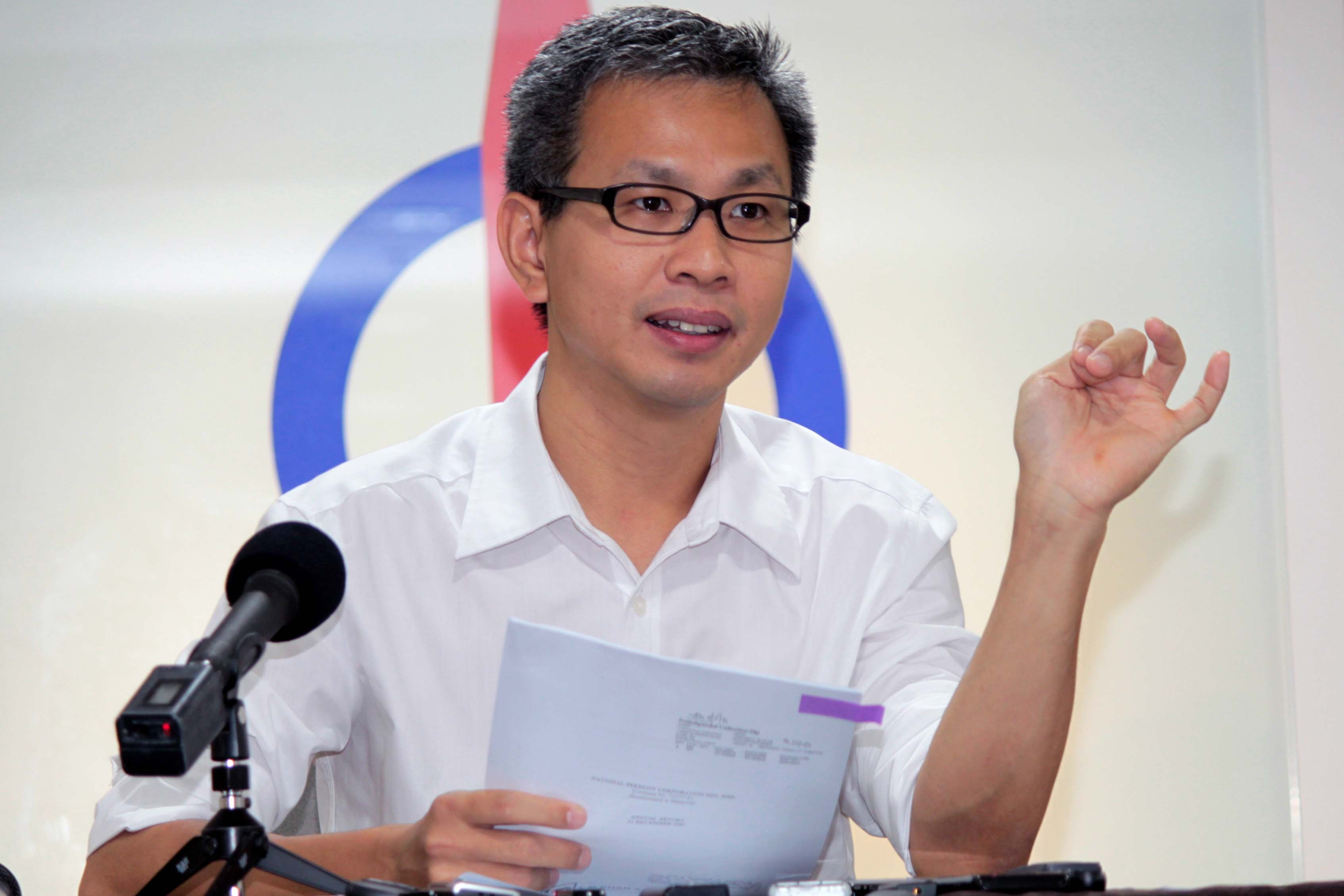 PAC member and DAP National Publicity Secretary Tony Pua said Hazem's 'resignation' shows all is not well within the 1MDB