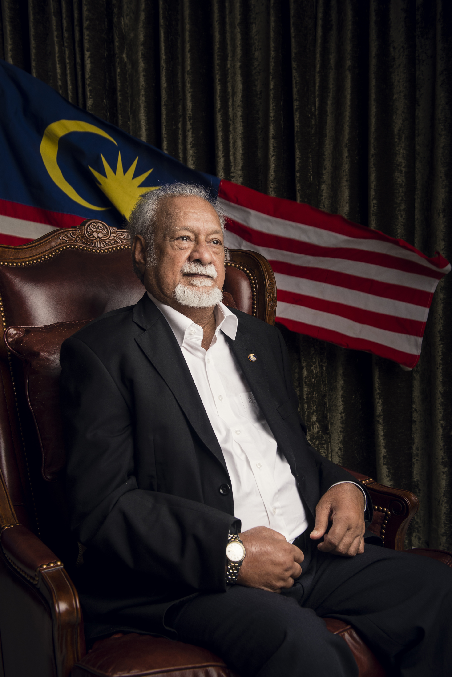 A true Malaysian, a man who stuck to his principles -- Malaysia is poorer without him.